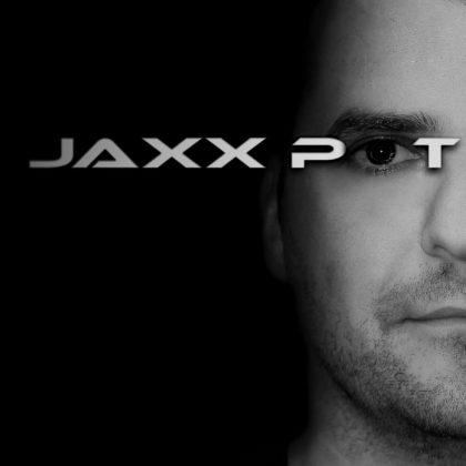http://www.jaxxpot.com/wp-content/uploads/2013/12/crno-bijelo-head-jaxx-pot.jpg